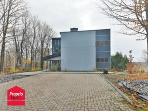 19644951 - Maison à étages à vendre