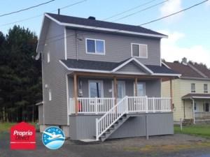 28223013 - Maison à étages à vendre