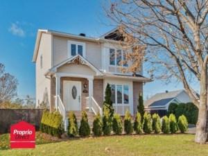 11409402 - Maison à étages à vendre