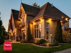 20977716 - Maison à étages à vendre
