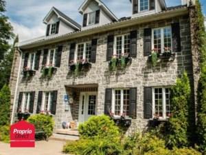 10327313 - Maison à étages à vendre