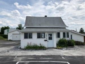 24797900 - Maison à 1 étage et demi à vendre