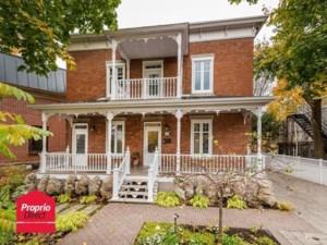 27661965 - Maison à étages à vendre