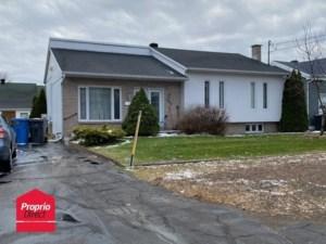 28780522 - Maison à étages à vendre