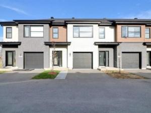 15689199 - Maison à étages à vendre