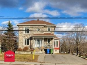 13191927 - Maison à étages à vendre