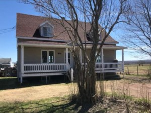 21182889 - Maison à étages à vendre