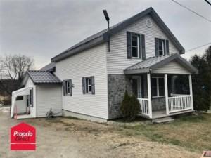 19572185 - Maison à étages à vendre
