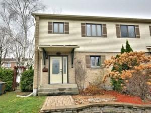 26246500 - Maison à étages à vendre