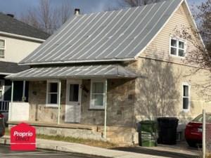 9383668 - Maison à étages à vendre