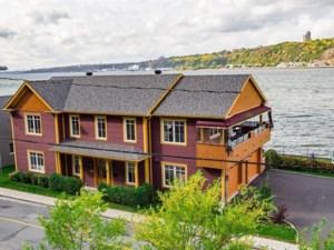 9824091 - Maison à étages à vendre