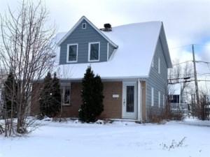 11605708 - Maison à 1 étage et demi à vendre
