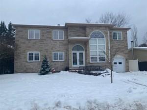 17916427 - Maison à étages à vendre