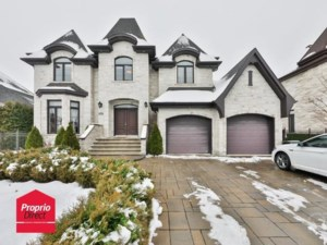 23795789 - Maison à étages à vendre