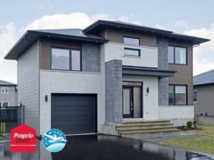 28759847 - Maison à étages à vendre