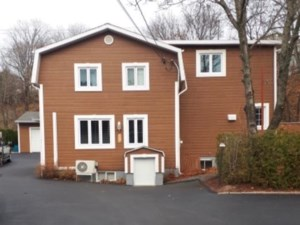 13989886 - Maison à étages à vendre