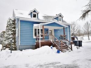 25242077 - Maison à 1 étage et demi à vendre