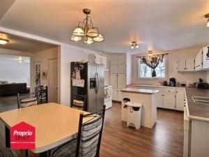16467501 - Maison à étages à vendre