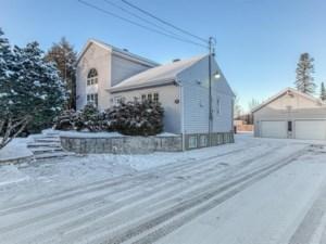 13692211 - Maison à 1 étage et demi à vendre