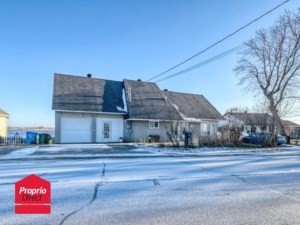 15272355 - Maison à étages à vendre
