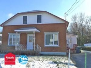 24552242 - Maison à étages à vendre