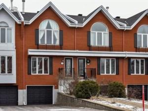 28056962 - Maison à étages à vendre