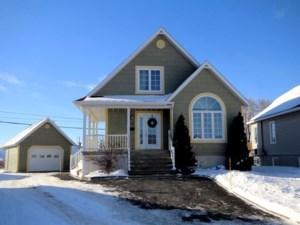 10989067 - Maison à étages à vendre