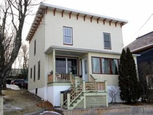 25798199 - Maison à étages à vendre