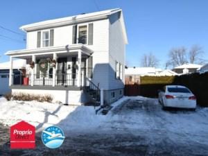 15600602 - Maison à étages à vendre