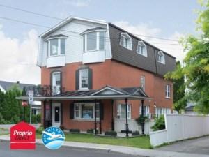 23931308 - Maison à étages à vendre