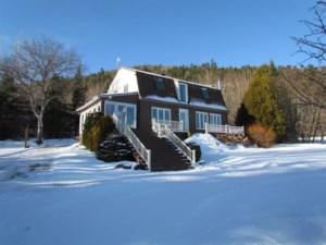 21177422 - Maison à étages à vendre