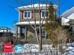 18982668 - Maison à étages à vendre