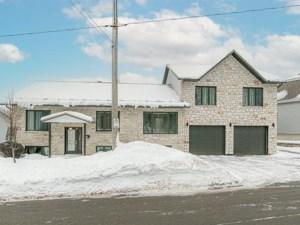 12154783 - Maison à étages à vendre