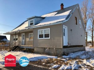 28314251 - Maison à étages à vendre