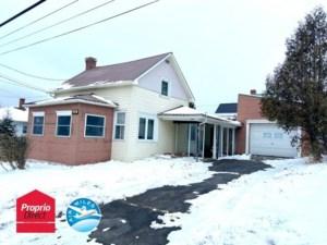 24766633 - Maison à étages à vendre
