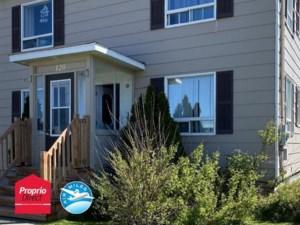 25624397 - Maison à étages à vendre