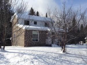 13580075 - Maison à 1 étage et demi à vendre