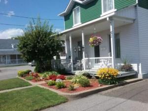 19082508 - Maison à étages à vendre