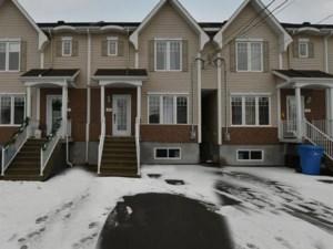19970973 - Maison à étages à vendre
