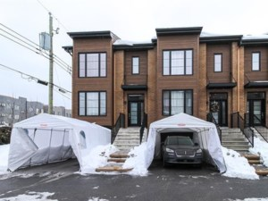 22616648 - Maison à étages à vendre