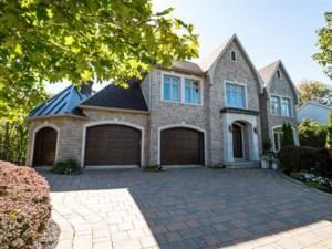 26896007 - Maison à étages à vendre