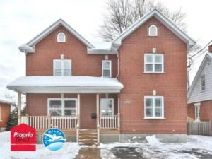 15825722 - Maison à étages à vendre