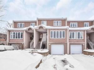 23452918 - Maison à étages à vendre