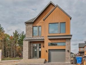 26928235 - Maison à étages à vendre