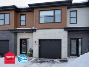 9370932 - Maison à étages à vendre