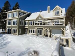 13628923 - Maison à étages à vendre