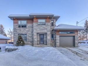 26835756 - Maison à étages à vendre