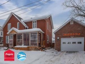 20426770 - Maison à étages à vendre