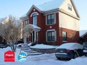 24907697 - Maison à étages à vendre