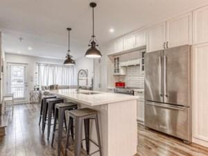 27953427 - Maison à étages à vendre